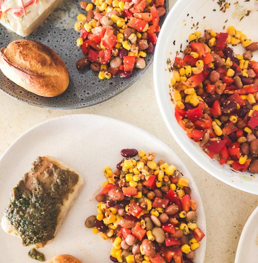 Crunchy Mediterranean Salad - Recipe by LumaFlow